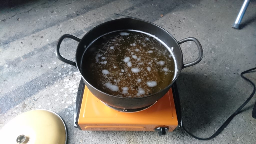 クエン酸で錆び取りをしてみた。 煮てみる