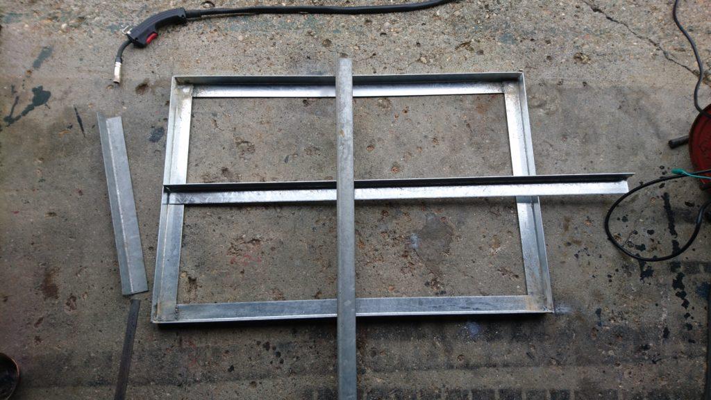 DIY台車 溶接 台座補強