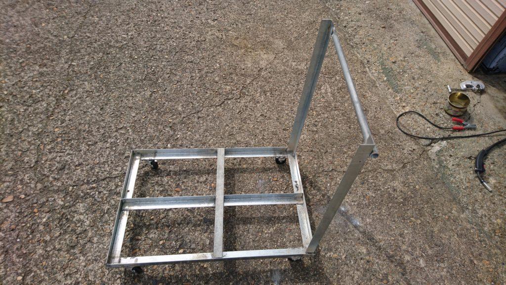 DIY台車 骨組み完成