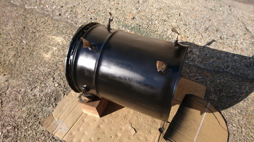 自作ペール缶薪ストーブ製作 耐熱ペイントで塗装