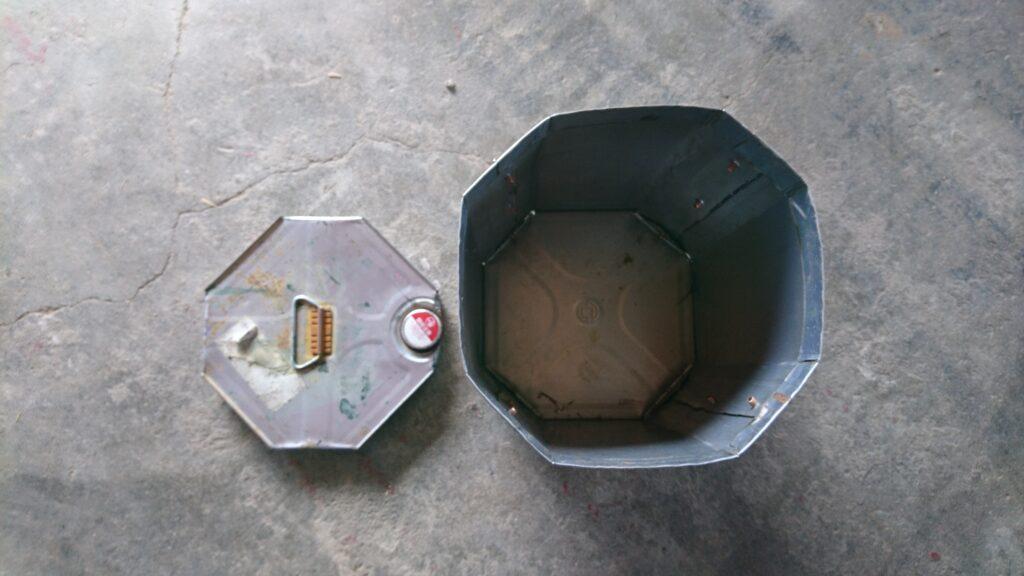 ペール缶と一斗缶でウッドガスストーブを製作! 一斗缶の加工
