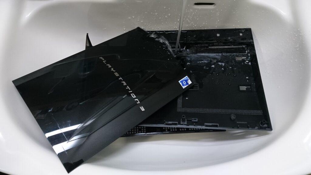 PS3各パーツの分解清掃! 外装洗浄
