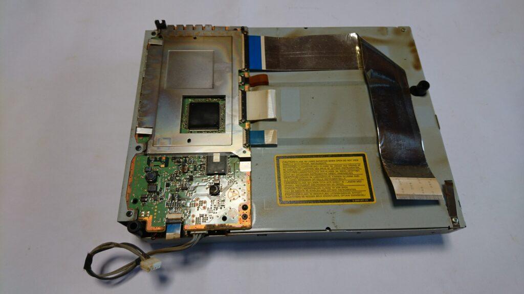 異音の出る初代PS3のドライブユニット修理 ドライブユニット分解